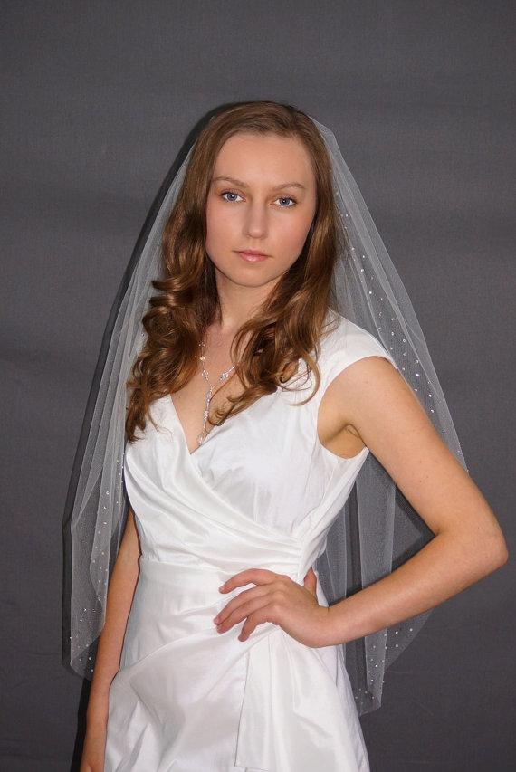 Wedding - Fingertip veil with swarovski rhinestones, bridal veil.