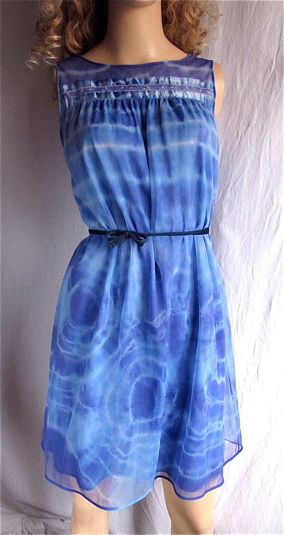 Свадьба - Tie Dye Dress Upcycled Vintage Nightgown SMALL Hand Dyed Hippie Boho Sundress Beach Cover Festival Bridal Pin Up Lingerie Blue Chiffon Nylon