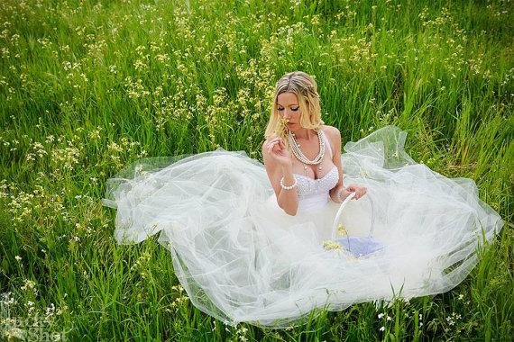 Свадьба - The White Pearl Pinup Tulle Tea Length Bustier Wedding Dress