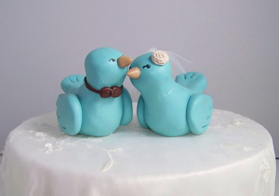 Hochzeit - Custom Love Bird Wedding Cake Topper Birds - Fully Customizable - FAST SHIPPING