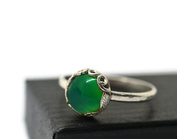 Mariage - Spring Green Ring, Floral Engagement Ring, Chrysoprase Ring, Floral Silver Ring, Rustic Silver Ring