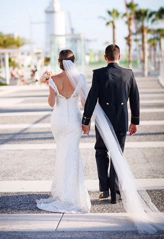 Mariage - Ivory cathedral veil chapel length wedding veil