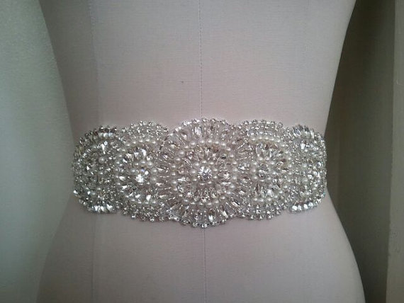 Mariage - Wedding Belt, Bridal Belt, Sash Belt, Crystal Rhinestone & Off White Pearls - Style B300112