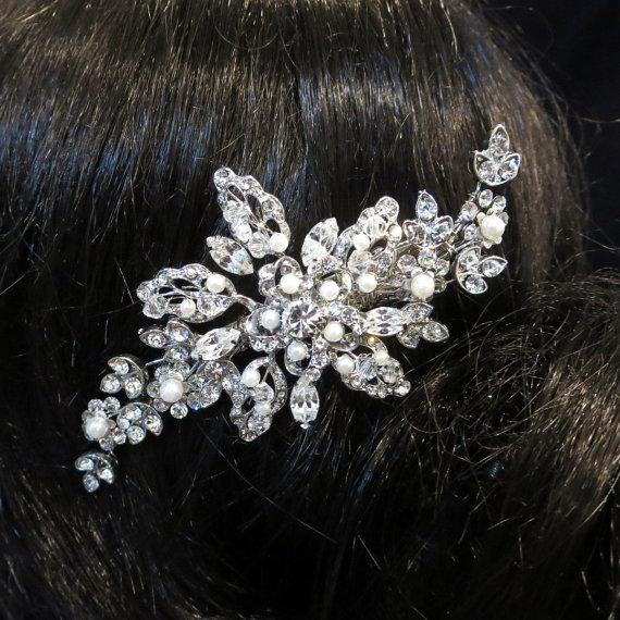 Свадьба - Vintage inspired Bridal hair accessories, Rhinestone wedding hair clip, Swarovski crystal and pearl hair clip