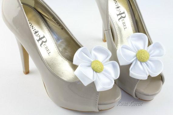 a9e6c153f Flower Shoe Clip