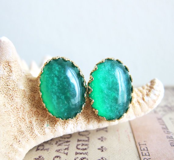 Hochzeit - Emerald Green Earrings Studs Green Wedding Emerald Bridesmaids Gift Customized Bridal Jewelry Art  Deco Victorian Vintage Style AD1