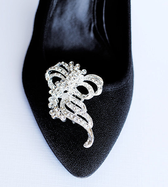 Mariage - Bridal Shoe Clips Crystal Rhinestone Shoe Clips Wedding Party (Set of 2) SC041LX