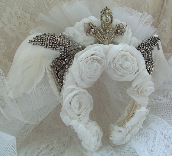Mariage - White Bridal Headpiece, Vintage rhinestone & angel wings, couronne de mariée, white flower buds n veil, Avant Garde Bridal Accessory