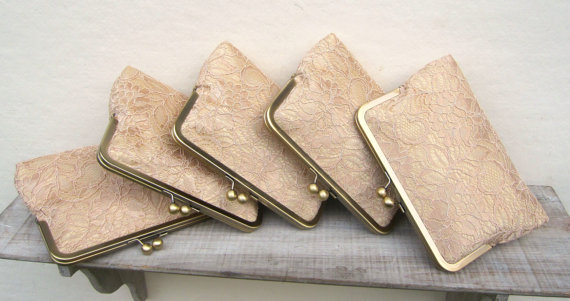 Mariage - Gold clutches, gold lace clutch set, gold bridesmaid set of 5, bridesmaid gift, gold bridesmaid clutch bag, personalized gifts, gold wedding