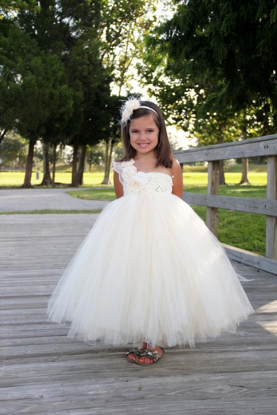 Mariage - Elegant Ivory flower girl tutu dress, Flower girl dress, tutu dresses, Ivory Wedding