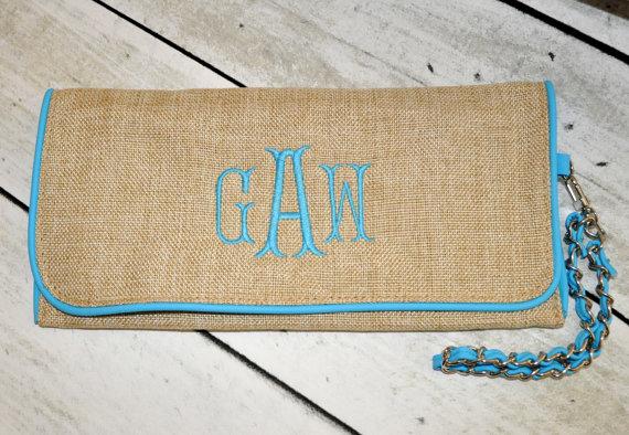 Mariage - Monogrammed Jute Clutch Bag Bridesmaid Wedding Gift
