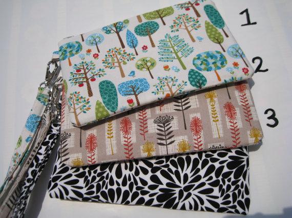 Mariage - Wedding clutch gift pouch 2 pockets bridesmaid clutch gift for her flower girls handmade wristlet