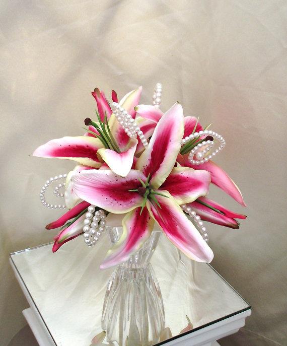 Hochzeit - Stargazer Lily Bouquet, Bridal Bouquets, Rubrum Lily Bouquet, Wedding Bouquet, Magenta Bouquet, Hot Pink Bouquet, Silk Flower Bouquet