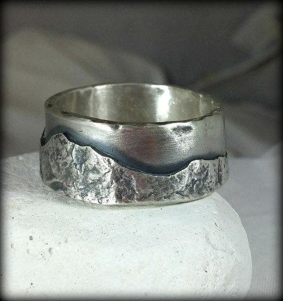 Mariage - Mountain range silver wedding band, Mens Ring, unisex jewelry, custom made rustic sterling ring