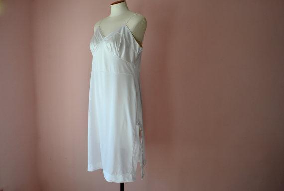 Свадьба - Vincent White Full Slip Dress with Lace Straps  Modern Plus Size 38 40 Large XL VL358