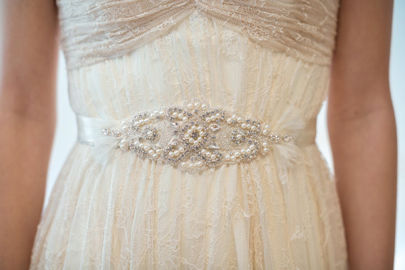 Свадьба - Bridal Gown Sash, Wedding Dress Sash, Rhinestone  Beaded Sash