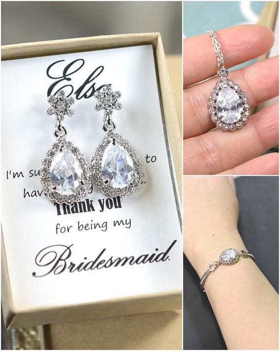 Mariage - NECKLACE EARRINGS set ,Bridesmaid gifts ,Wedding Jewelry Bridesmaid Jewelry Bridal Bridesmaid Necklace Clear White CZ diamond Crystal drop