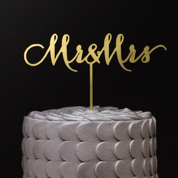 Свадьба - Mr and Mrs Wedding Cake Topper - Gold Metallic