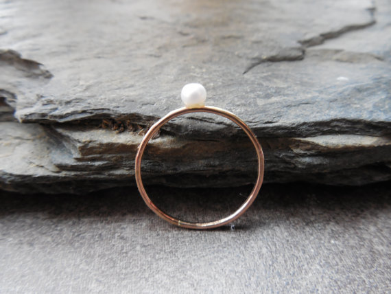Свадьба - Pearl 14k gold filled skinny ring, with 3.5mm natural pearl, hammered, stacking ring, engagement ring, June birthstone