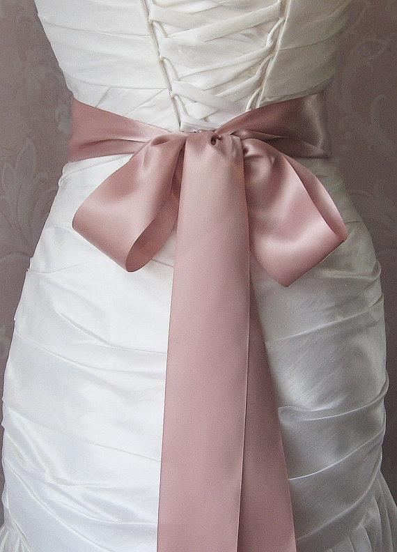 Mariage - Dusty Pink Satin Ribbon, 2.25 Inch Wde, Double Face Satin Ribbon Sash, Dusty Rose, Pale Rose Bridal Sash, Wedding Belt, 4 Yards