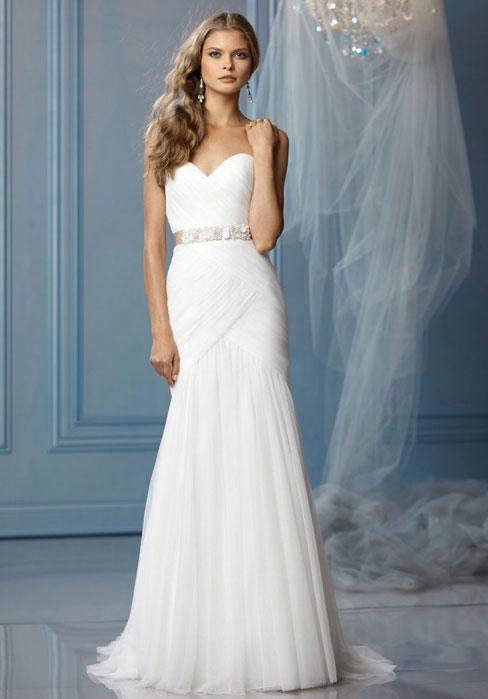 Sheath/Column Tulle Sweetheart Natural Waist Floor-Length Wedding ...