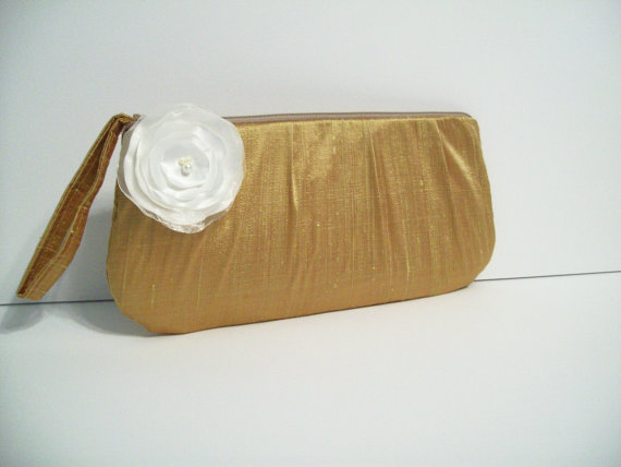 Mariage - Hannah clutch w/Poppy (choose colors) Monogram available- Bridesmaid gifts, bridesmaids wristlets, bridal bags, purse, wedding party