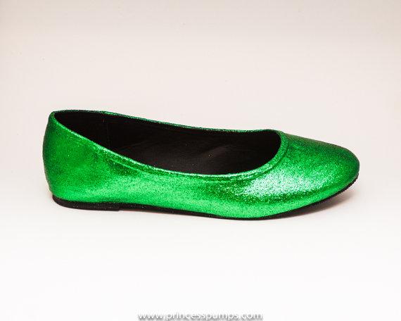 Свадьба - Glitter Kelly Green Ballet Flats Slippers Custom Shoes