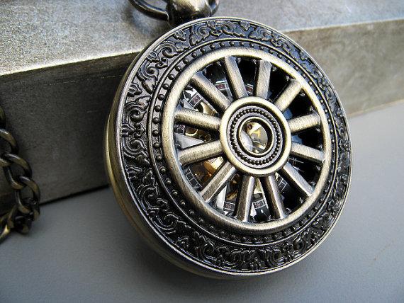 Свадьба - Antique Bronze Deluxe Pocket Watch - 1882's Steampunk Mechanical with Pocket Watch Chain - Best Man - Groom - Groomsmen Gift - Item MPW773