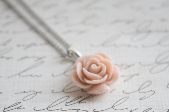 Wedding - Pick your Rose Color - Antique Pink Rose Necklace - Blush Rose Necklace - Flower Necklace - Bridesmaid Necklace - Flowergirl Necklace