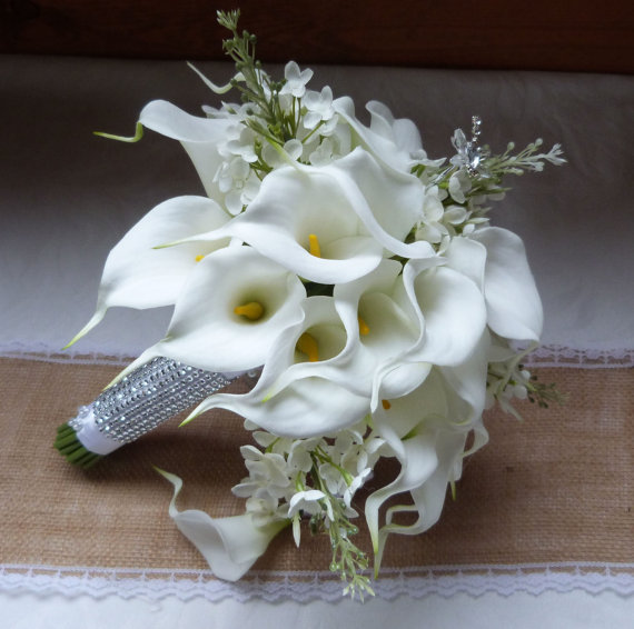 Mariage - Reserved White Calla lily wedding bouquet simple elegant Real touch mini white calla lily and creme lilac bridal bouquet