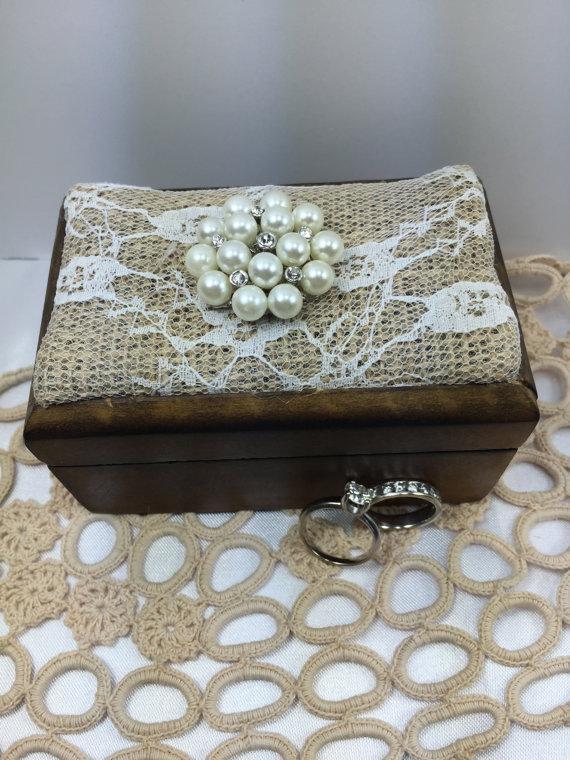 زفاف - Ring bearer, Ring bearer box, Wedding ring box, Rustic ring box, Wood ring box, Burlap weddings, Wedding party, Weddings, Ring box, Ring