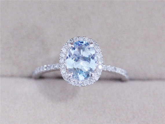 VS 6x8mm Blue Aquamarine Ring Solid 14K White Gold Ring Oval Cut