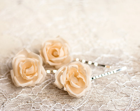 Hochzeit - Hair flower pin, Cream rose hair pins, Bridal hair pins, Wedding hair pins, Hair accessories, Flower hair pins, Hair pins, Rose hair pins.