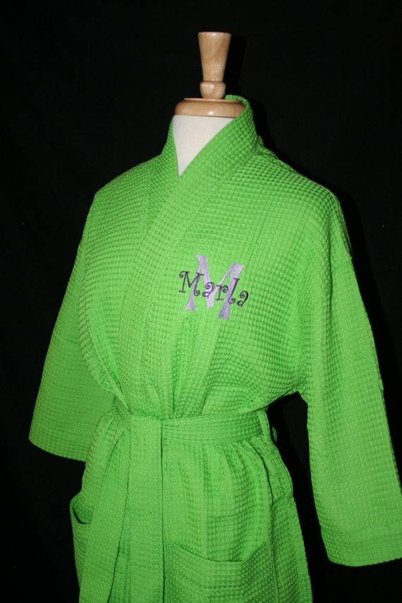 Свадьба - PERSONALIZED Waffle Weave Spa or Bath Robe Available in 9 COLORS and Ready for Immediate Shipment; Wedding and Rush Orders Welcome