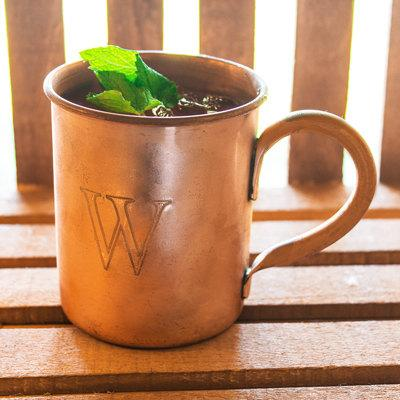 Свадьба - SALE! Personalized Moscow Mule Copper Mug w/ Polishing Cloth Trendy Groomsmen Gift