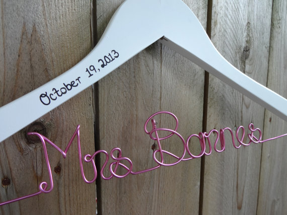 Emejing Mrs Hangers For Wedding Dress Contemporary - Styles & Ideas ...