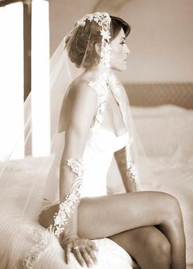 Wedding - Sultry Tips For Boudoir Photos Your Spouse Will Love