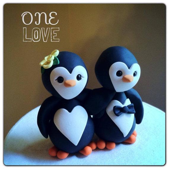 Свадьба - READY to SHIP Penguin love Wedding Cake Topper Handmade