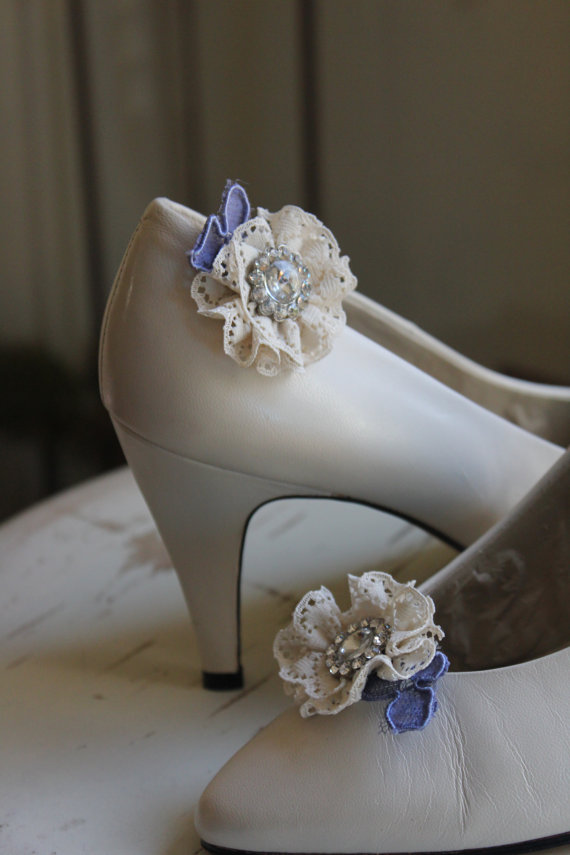 Свадьба - Vera, bit of blue lace shoe clips with rhinestone button center, ivory