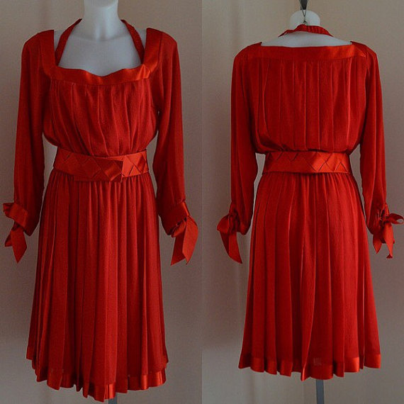 Mariage - Free Shipping Vintage 1970s Dress, Vintage Silk Dress, Mario Borsato, Vintage Red Silk Dress, Cocktail Dress, Evening Dress, Wedding, Dress