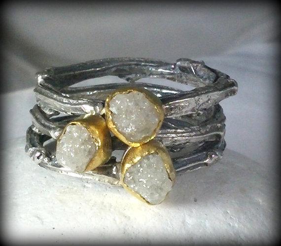 زفاف - Rough Diamond Triple Stack Gemstone Rings,Twig Rings,Stacking Rings.  Gold, silver and raw diamond engagement rings, statement rings