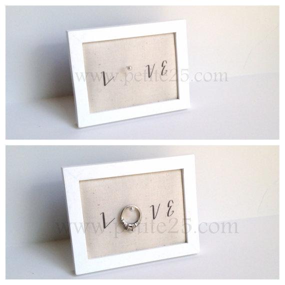 زفاف - Wedding ring holder rectangle WHITE ring holder: engagement ring holder, bridal shower gift, for her, ring stand