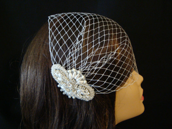 Mariage - Birdcage Veil - Bridal Veil - Blusher Veil - Bridal Comb  - Headpiece- Pearl and Rhinestone Birdcage Veil