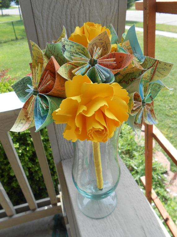 Hochzeit - Map Paper Flower Wedding Bouquets. You Pick The Colors, Papers, Books, Etc.  Anything Is Possible. CUSTOM ORDERS WELCOME