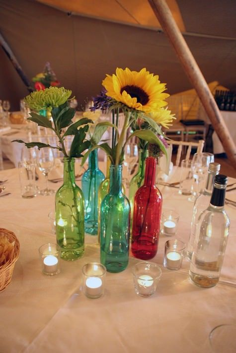 Hochzeit - Wedding Wednesday: Flower School - How To Achieve That Just Picked Look For Your Wedding