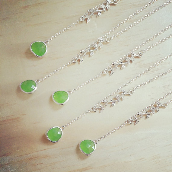 Mariage - Green necklace peridot opal jewelry Silver brunch Leaf necklace Bridesmaid necklace Gift Lariat necklace woodland wedding jewelry