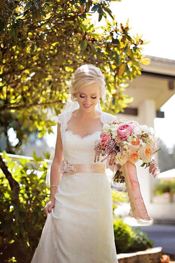 Свадьба - Amsale Inspired Blush Wedding Sash, Bridal Sash, Wedding Belt, Bridal Belt -Blush Flowers