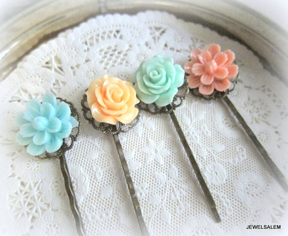 Свадьба - Floral Hair Pins Bridesmaids Turquoise Aqua Mint Green Peach Coral Pink Flower Pastel Colors Shabby Chic Wedding Flower Bobby Pin Set of 4