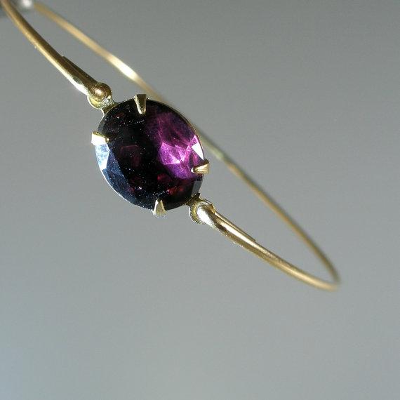 Свадьба - Amethyst Faceted Vintage Glass Bangle Bracelet, Gold Bangle Bracelet, Gold Bracelet, Bridesmaid Jewelry, Wedding Party (G205bG,)