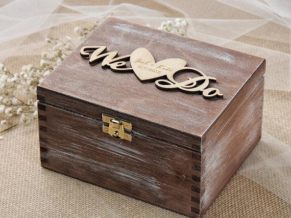 We do wedding ring box rustic ring bearer box custom for Custom made ring box